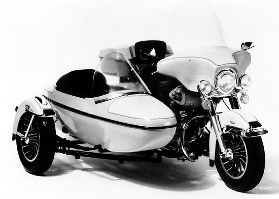 Harley Davidson FLH Classic with Sidecar