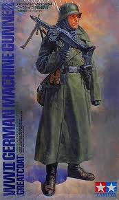WW 2 German Machine Gunner (Greatcoat)