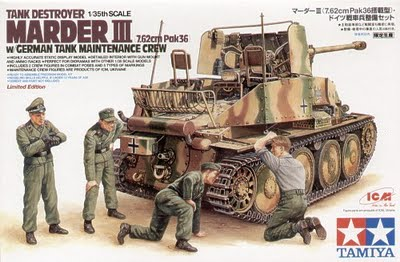 Marder III with Maintenance Crew