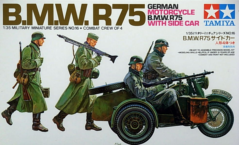 B.M.W. R/75 Side car with 4 figures